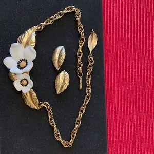Beautiful Louis Feraud necklace & earrings